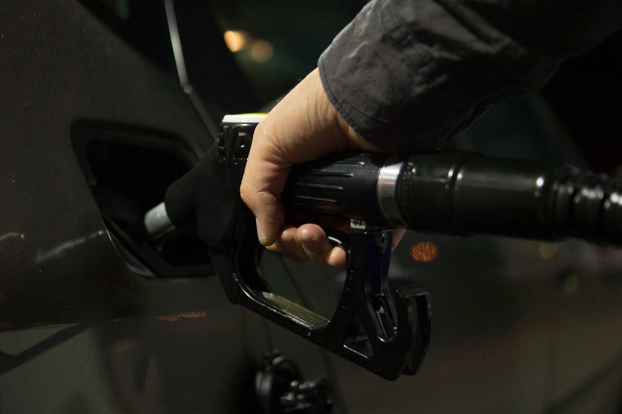 【原油価格】ドルとユーロの上値を阻むインフレ期待の低下を払拭できるか?【6月26日の為替相場ポイント&経済指標まとめ】