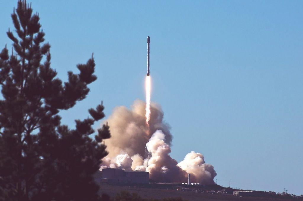 【円高】北朝鮮のミサイル発射準備報道!とりあえず買いだろ?【12月28日のトレード戦略&経済指標まとめ】