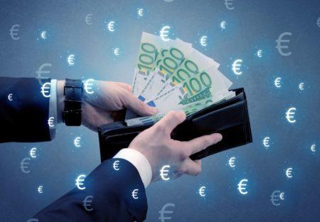 ドラギの発言、FOMC議事要旨に注目!ユーロは跳ねれば売り【5月22日の経済指標&簡単トレード戦略】